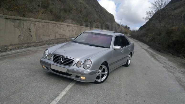 Mercedes-Benz E-Class, 2000 год, 540 000 руб.