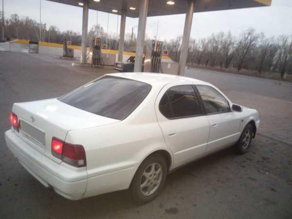 Toyota Camry, 1995 год, 149 000 руб.