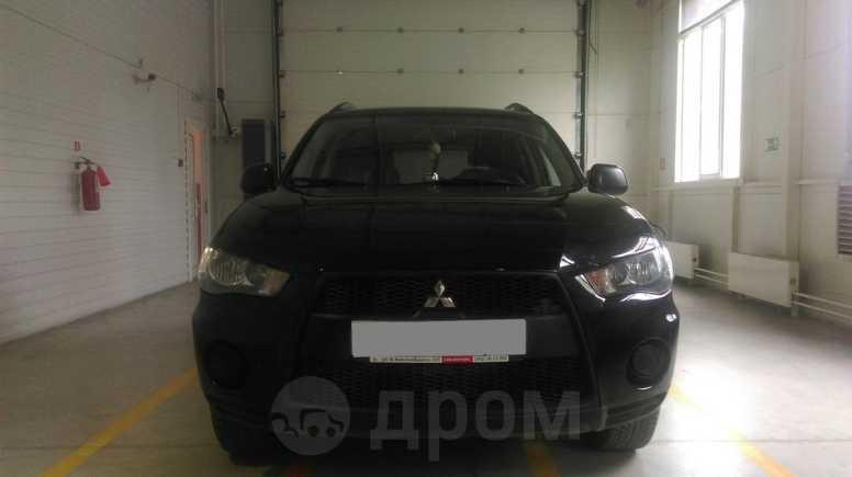 Mitsubishi Outlander, 2010 год, 670 000 руб.