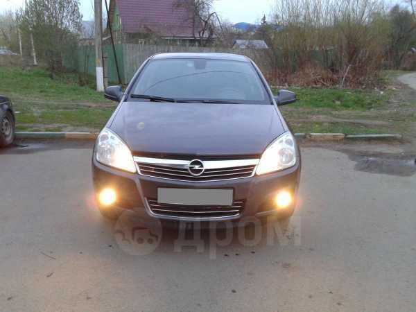 Opel Astra Family, 2012 год, 490 000 руб.