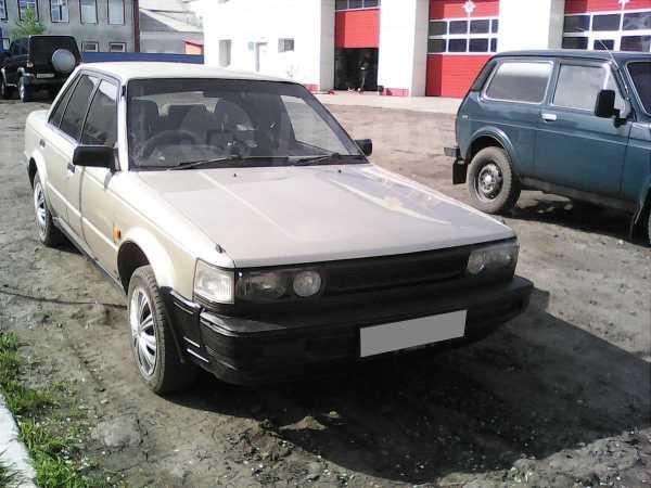 Nissan Bluebird, 1986 год, 65 000 руб.