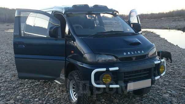 Mitsubishi Delica, 1997 год, 450 000 руб.