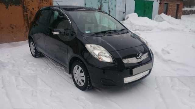 Toyota Vitz, 2010 год, 390 000 руб.