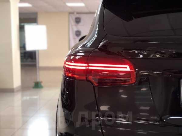 Porsche Cayenne, 2012 год, 2 590 000 руб.