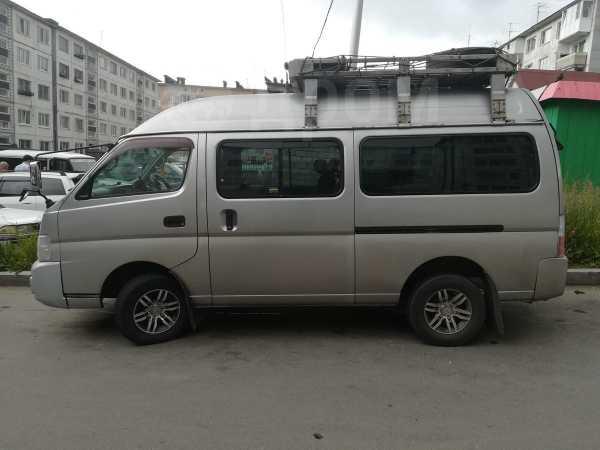 Nissan Caravan, 2002 год, 500 000 руб.
