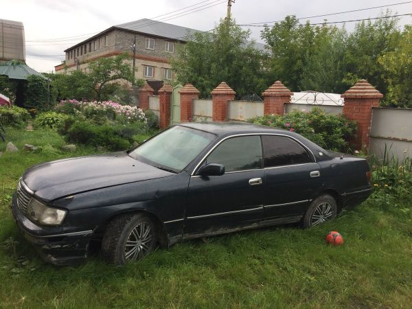 Toyota Crown, 1994 год, 86 000 руб.