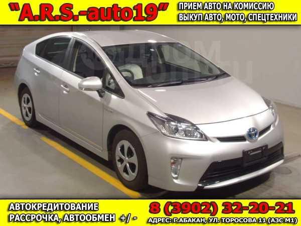 Toyota Prius, 2014 год, 770 000 руб.