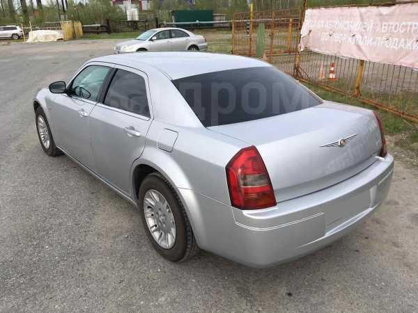 Chrysler 300C, 2008 год, 1 000 000 руб.