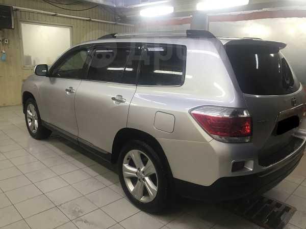 Toyota Highlander, 2010 год, 1 130 000 руб.