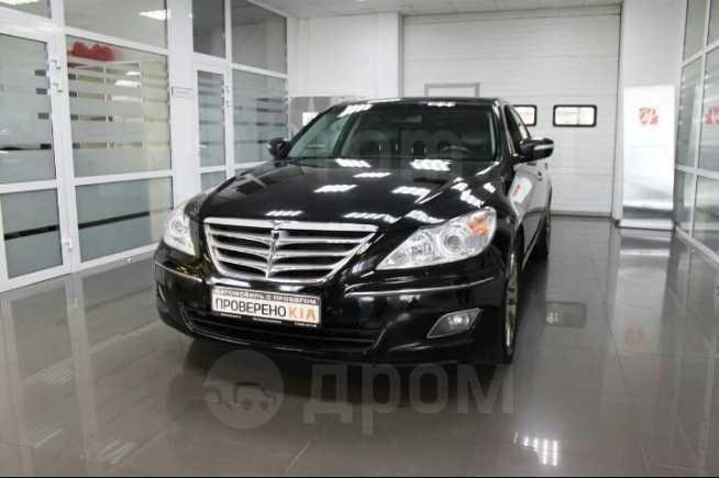 Hyundai Genesis, 2010 год, 700 000 руб.