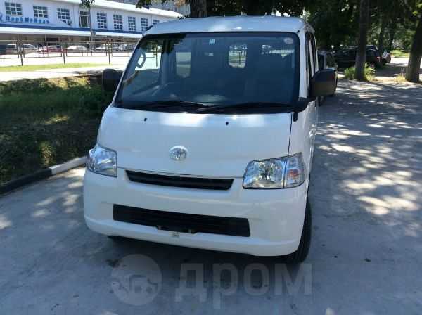 Toyota Town Ace, 2014 год, 730 000 руб.