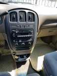 Dodge Grand Caravan, 2002 год, 525 000 руб.