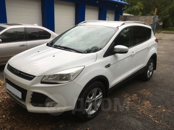 Ford Kuga, 2014 год, 990 000 руб.