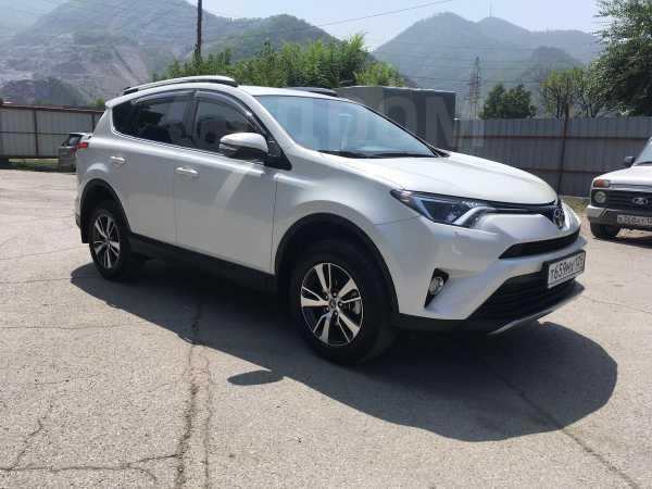 Toyota RAV4, 2017 год, 1 690 000 руб.