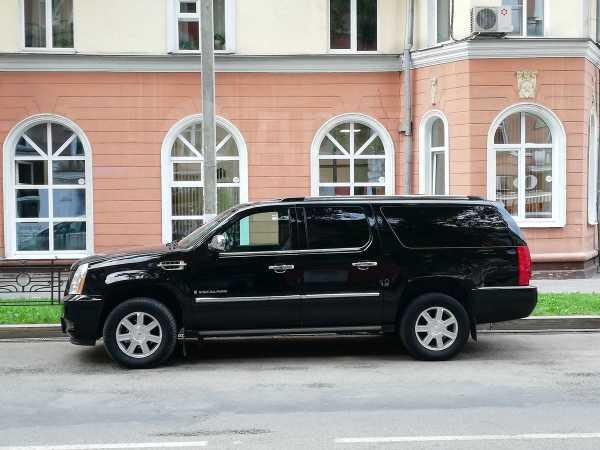 Cadillac Escalade, 2007 год, 990 000 руб.