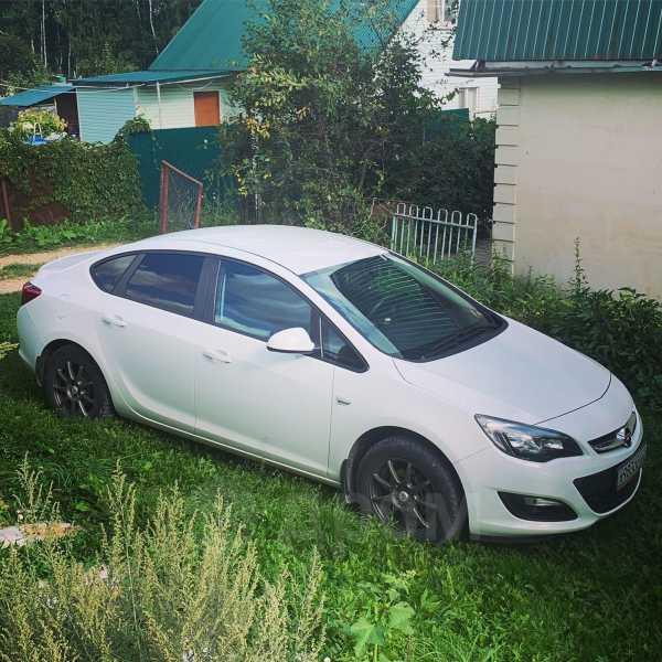Opel Astra, 2014 год, 525 000 руб.