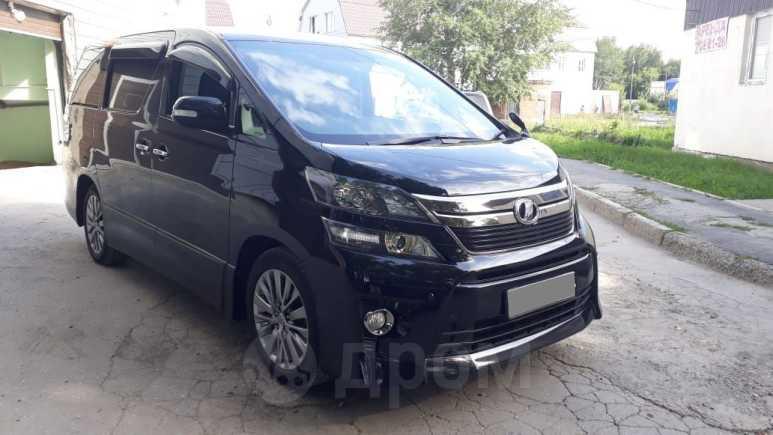 Toyota Vellfire, 2014 год, 1 750 000 руб.