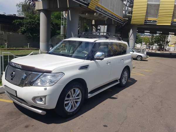 Nissan Patrol, 2010 год, 1 380 000 руб.