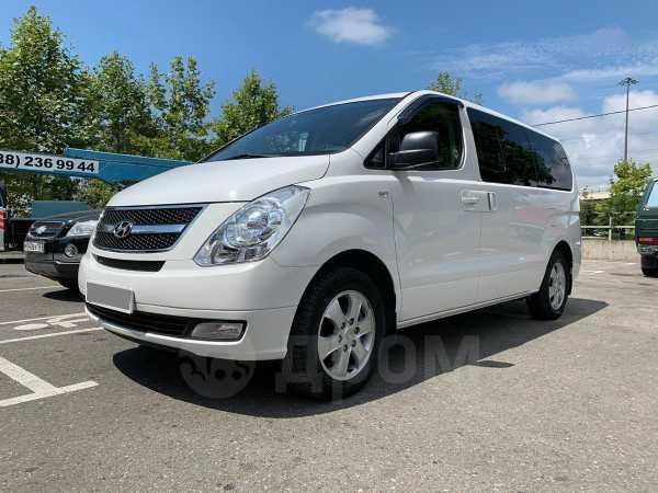 Hyundai Grand Starex, 2015 год, 1 800 000 руб.