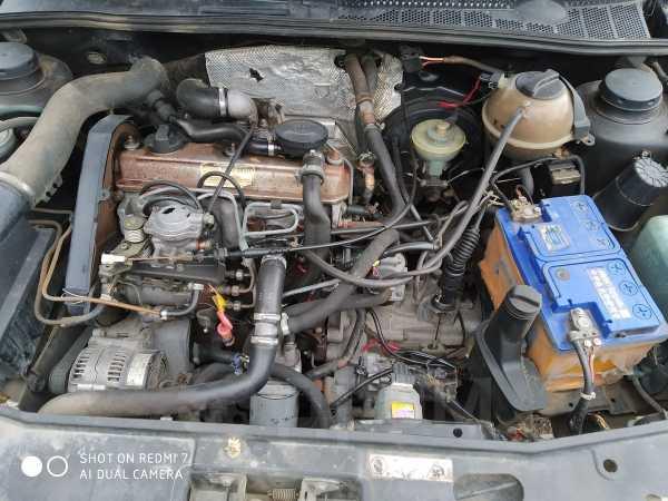 Volkswagen Golf, 1993 год, 135 000 руб.