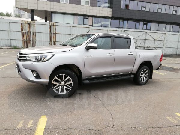 Toyota Hilux Pick Up, 2016 год, 1 810 000 руб.