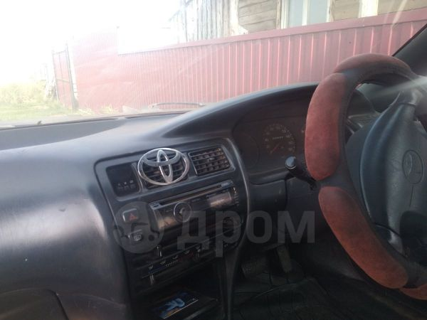 Toyota Corolla, 2002 год, 75 000 руб.