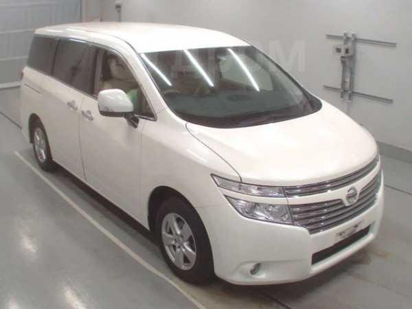 Nissan Elgrand, 2016 год, 1 350 000 руб.