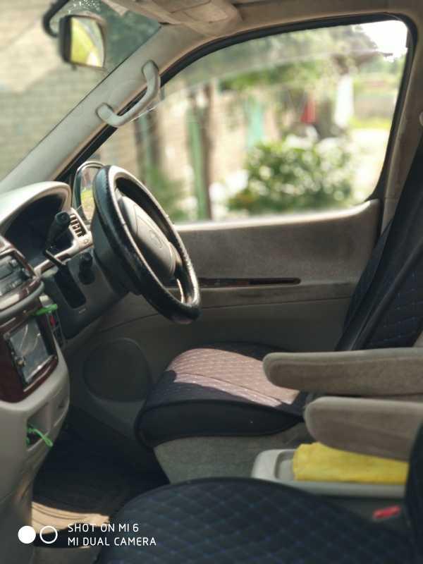 Toyota Hiace Regius, 2001 год, 420 000 руб.
