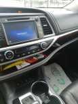 Toyota Highlander, 2014 год, 1 960 000 руб.