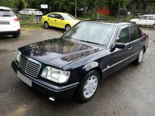 Mercedes-Benz E-Class, 1994 год, 300 000 руб.