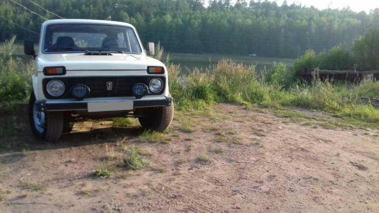Лада 4x4 2121 Нива, 1996 год, 130 000 руб.