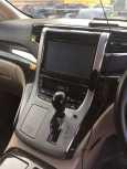 Toyota Alphard, 2012 год, 1 550 000 руб.