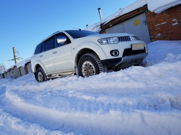 Mitsubishi Pajero Sport, 2012 год, 1 190 000 руб.
