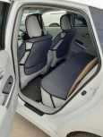 Toyota Prius, 2014 год, 1 075 000 руб.