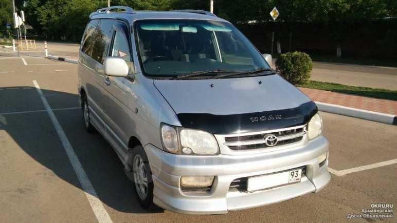 Toyota Lite Ace Noah, 2001 год, 550 000 руб.