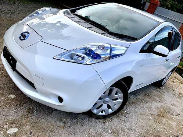 Nissan Leaf, 2016 год, 785 000 руб.