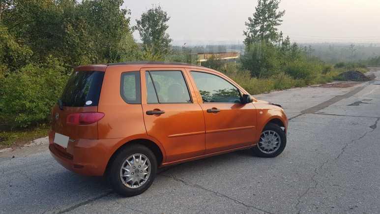 Mazda Mazda2, 2003 год, 250 000 руб.