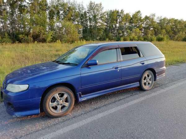 Nissan Avenir, 2002 год, 210 000 руб.