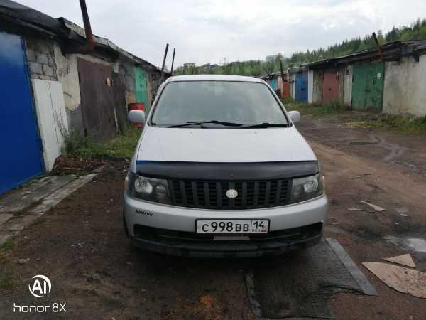Nissan Bassara, 2000 год, 260 000 руб.