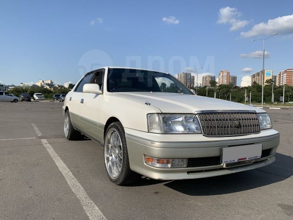 Toyota Crown, 1998 год, 310 000 руб.