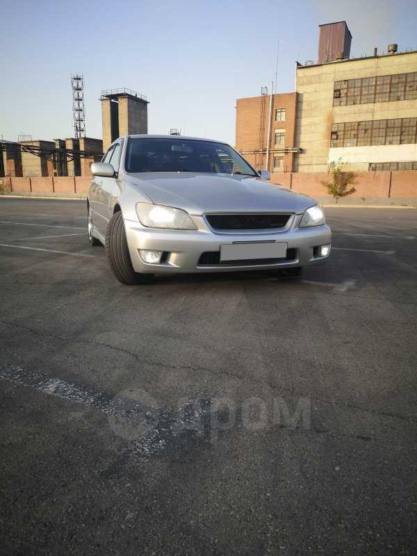 Toyota Altezza, 2001 год, 470 000 руб.