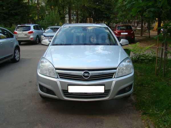 Opel Astra Family, 2012 год, 400 000 руб.