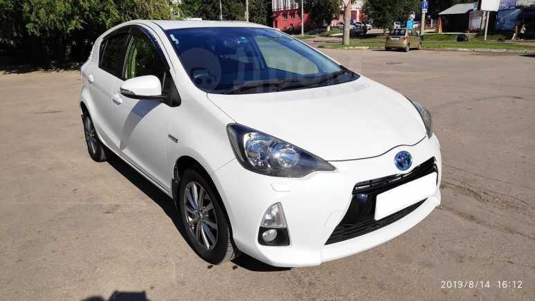 Toyota Aqua, 2013 год, 660 000 руб.