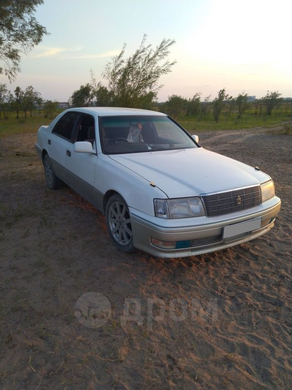 Toyota Crown, 1996 год, 270 000 руб.