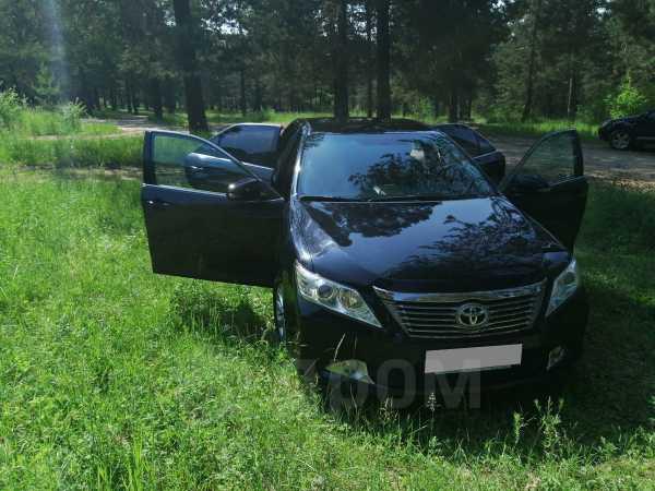 Toyota Camry, 2013 год, 985 000 руб.