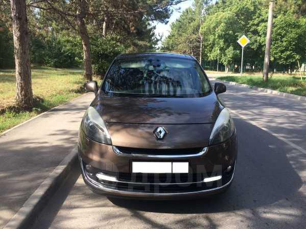 Renault Scenic, 2012 год, 690 000 руб.