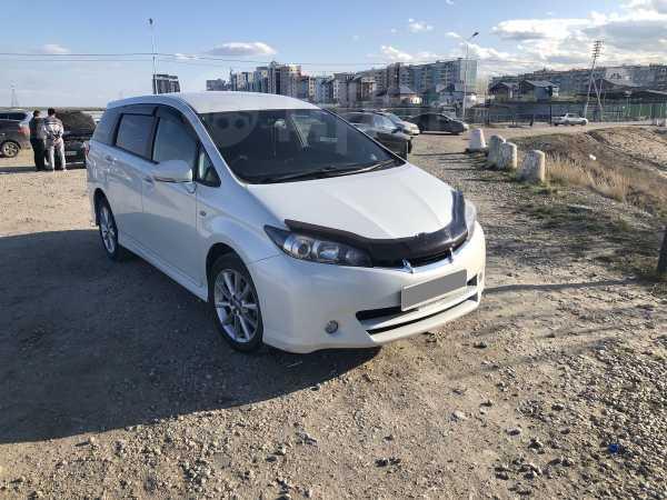 Toyota Wish, 2010 год, 695 000 руб.