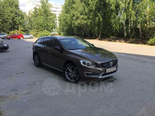 Volvo V60, 2015 год, 1 800 000 руб.