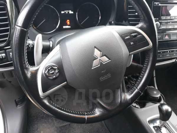 Mitsubishi Outlander, 2013 год, 850 000 руб.