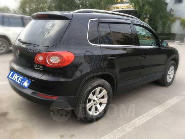 Volkswagen Tiguan, 2010 год, 770 000 руб.